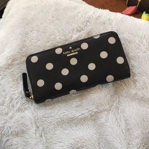 kate spade Bags - NWOT ♠️ Kate Spade Polka dot leather wallet ♠️